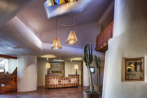 Boulders Resort & Golden Door Spa - Front Desk