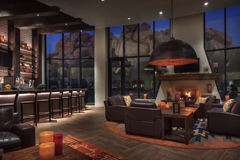 Boulders Resort & Golden Door Spa - Discovery Lounge