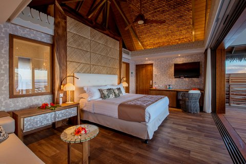 Intercontinental Resort Tahiti - Overwater Motu bungalow