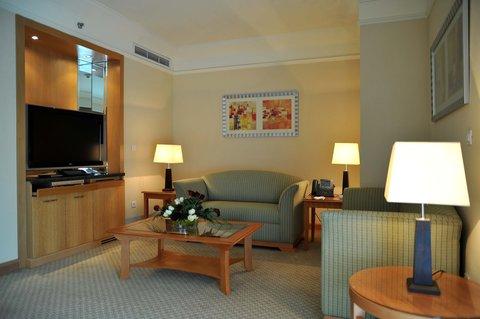 فندق هوليدي ان كريستال - Suite
