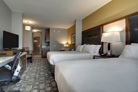 Holiday Inn Express & Suites ALBANY - Two Queen Bed Suite