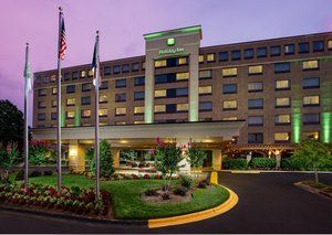 Exterior view - Holiday Inn University Place Charlotte