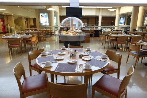 هوليداي إن ديونز - Restaurant