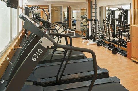 هوليداي إن ديونز - Stay in shape with our latest cardiovascular machines