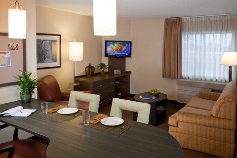 Candlewood Suites ALBUQUERQUE - One Bedroom Suite