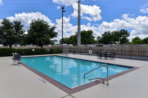 Holiday Inn Express Hotel & Suites Brownwood - Swimming Pool