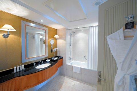 吉达洲际酒店 - Guest Bathroom