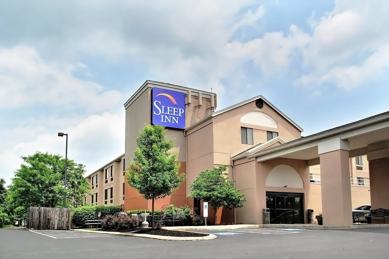 Hampton inn state college in state college pa 16801 for Imperial motor inn state college
