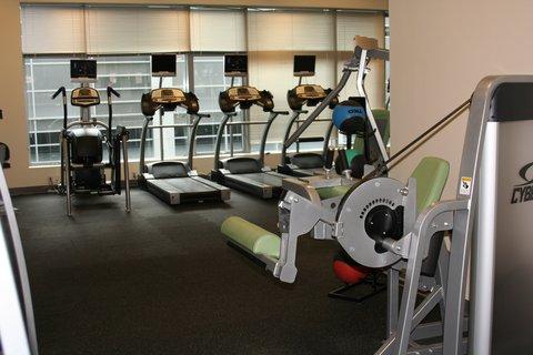 Oakwood at Hartford 21 - Hartford Furnished Apartment Fitness Center