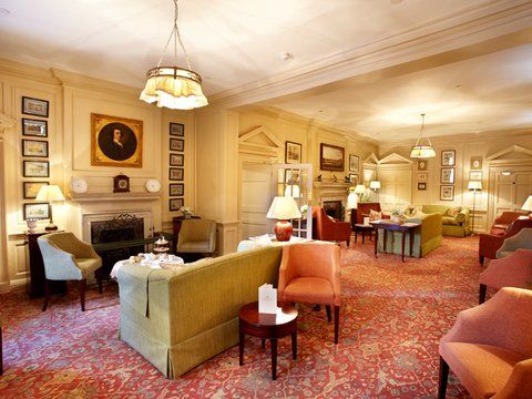 The Talbot Hotel - Hotel Lounge Area