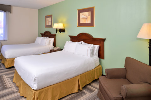 Holiday Inn Express Hotel & Suites Brownwood - Queen Bed Guest Room