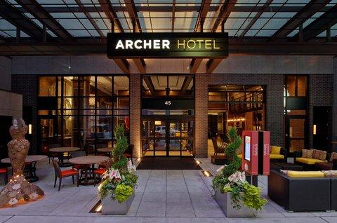 Archer Hotel New York - Entry