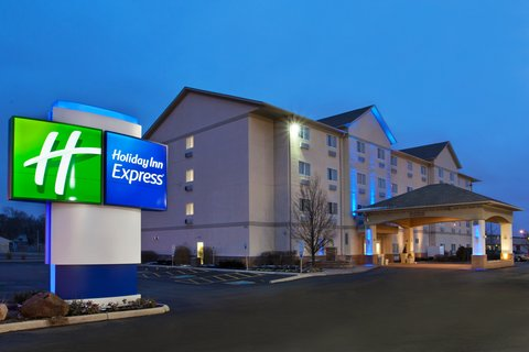 Holiday Inn Express Hotel & Suites Columbus Expo Center - After a long day on the road relax with us