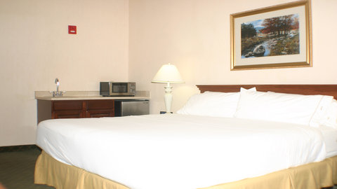 Holiday Inn Express Hotel & Suites Columbus Expo Center - Our accessible rooms can accommodate guest with special needs