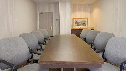 Holiday Inn Express Hotel & Suites Columbus Expo Center - Our affordable boardroom