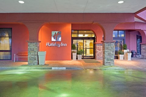 Holiday Inn AUSTIN-TOWN LAKE - Check in to our stylish and modern hotel