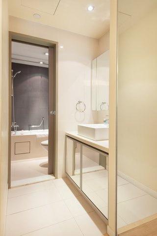 Citadines Ashley Hongkong - Bath Room of Studio Premier  Citadines Ashley Hong Kong