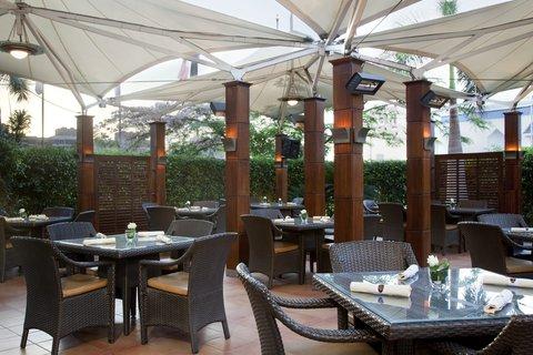 فندق هوليدي ان كريستال - Star Corner Caf  Terrace
