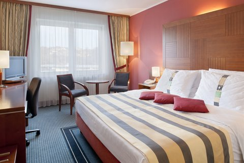 Holiday Inn BRNO - Elegant King Size Bed executive room