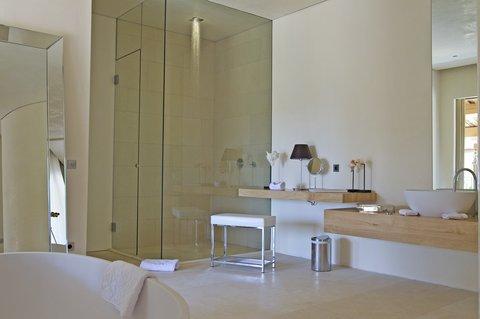 MUSE Saint Tropez - Suite Romy s Bathroom