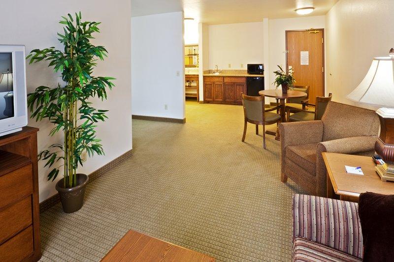Holiday Inn Express & Suites OKLAHOMA CITY - BETHANY - Bethany, OK