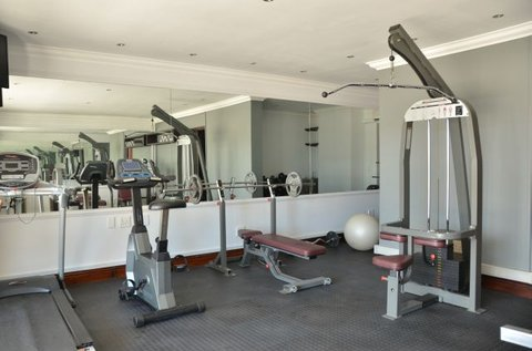Shelley Point Hotel - Gym