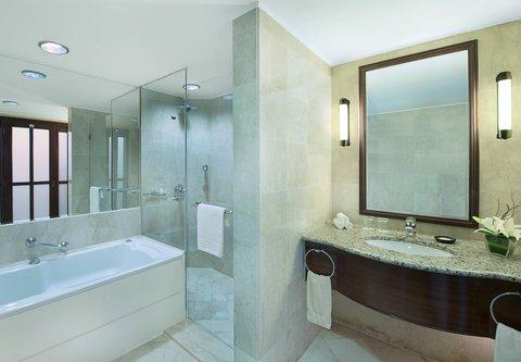 فندق ماريوت جي دبليو دبي - Bathroom