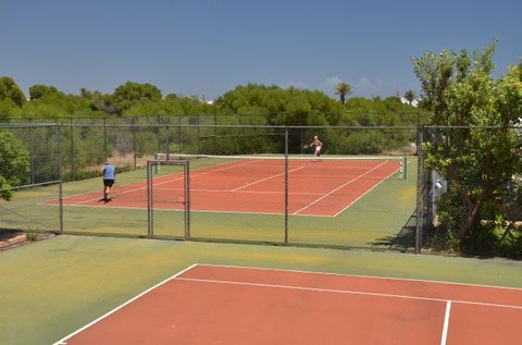 Shelley Point Hotel - Tennis Court