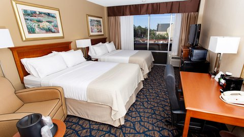 Holiday Inn GAINESVILLE-UNIVERSITY CTR - Double Queen Guest Room