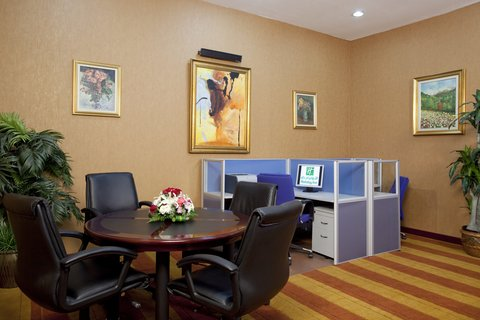 Holiday Inn YANBU - Business Center