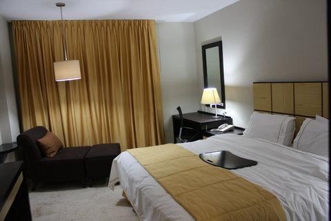 Holiday Inn Express CD. DEL CARMEN - Scenery   Landscape
