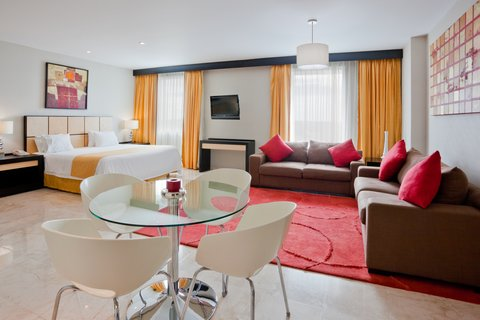 Holiday Inn Express CD. DEL CARMEN - Presidential Suite