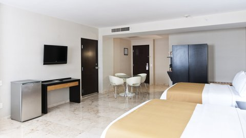 Holiday Inn Express CD. DEL CARMEN - Junior Suite