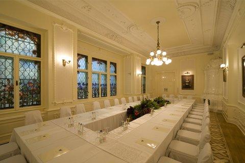 Hotel Victoria - Meeting Room