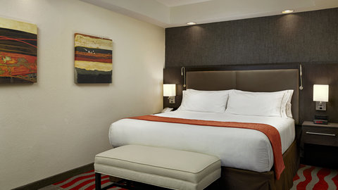 Fairfield Inn And Suites By Marriott Naples Hotel - Executive King Suite Bedroom Open Concept