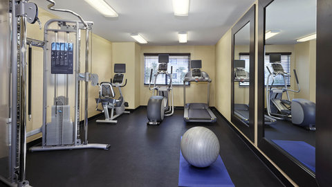 Fairfield Inn And Suites By Marriott Naples Hotel - Enjoy a variety of equipment in our Fitness Center