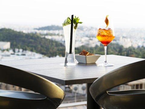 St George Lycabettus Hotel - La Suite Lounge detail