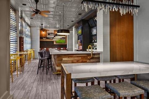 Partridge Inn - P I  Bar