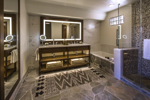 Boulders Resort & Golden Door Spa - Casita Bathroom