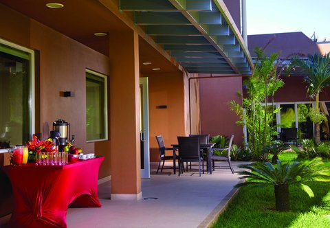Courtyard by Marriott San Jose Airport Alajuela - Outdoor Terrace
