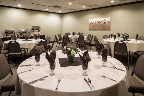 Holiday Inn Hotel & Suites DES MOINES-NORTHWEST - Banquet Room Feature