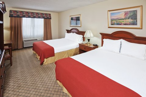Holiday Inn Express & Suites MESQUITE - Queen Bed Guest Room