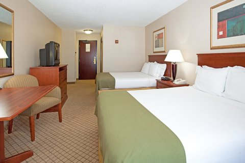 Holiday Inn Express & Suites GARDEN CITY - Double Bed Guest Room