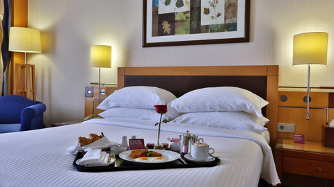 Crowne Plaza Beirut Hotel - Deluxe Room