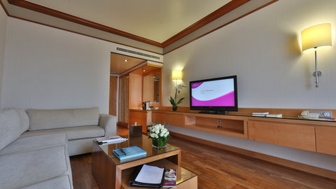 Crowne Plaza Beirut Hotel - Executive Suite