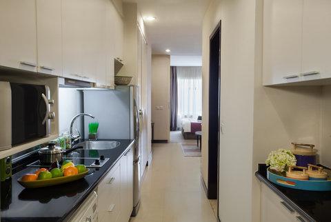 薩默塞特和平公寓式酒店 - Kitchen of Studio Executive