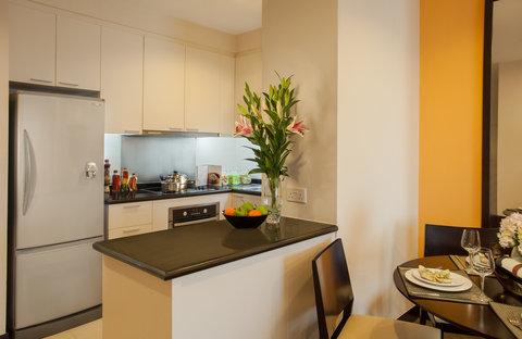 薩默塞特和平公寓式酒店 - Kitchen of 1 Bedroom Executive