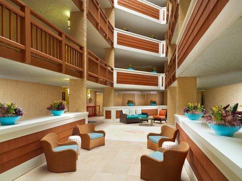 Hilton Oceanfront Resort Hilton Head Island - Hallway in the resort