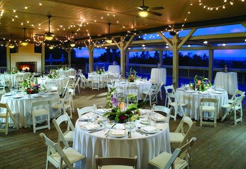 Hilton Oceanfront Resort Hilton Head Island - Shorehouse at dusk