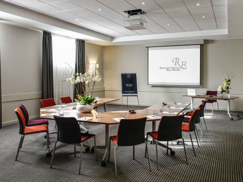 Grand Hotel Mercure Roi Rene - Meeting Room